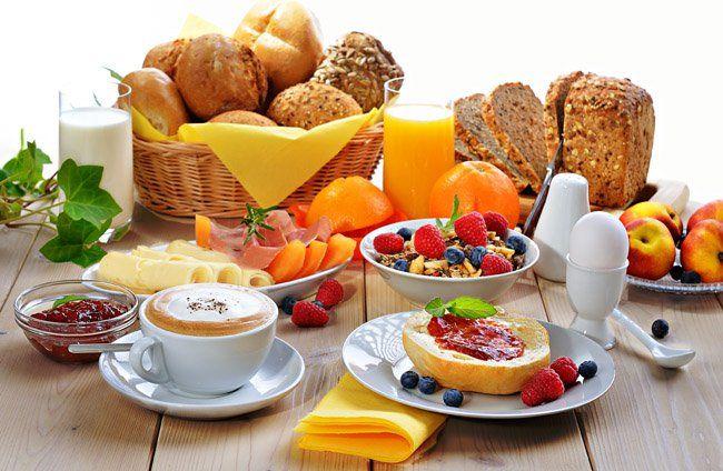 como-fazer-um-café-da-manhã-saudável-e-nutritivo-1.jpg (650×424)