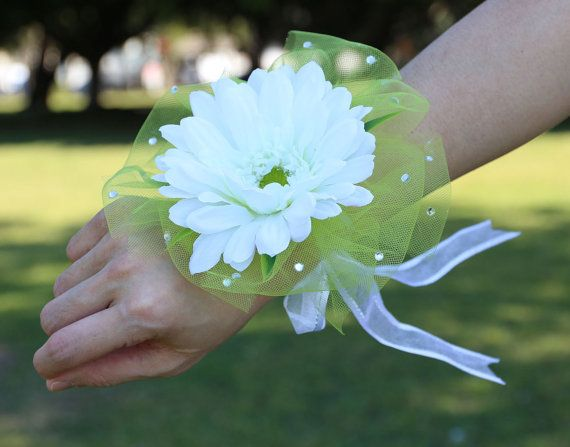 2 Pieces Cream Gerbera wedding wrist corsage by AliceThorWeddings