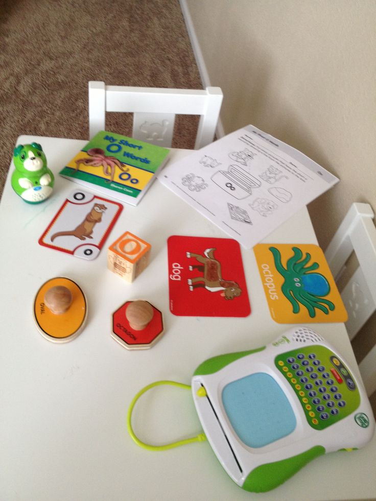 """LETTERS/PHONICS:  - Leapfrog card - book of """"O"""" words - worksheet - block with O words - shapes that start with O - Leapfrog letter writer - cards with O (with vowels, focus not just on starting but middle sounds)"""