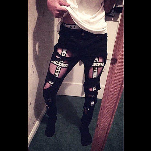 ✖️ S U N D A Y ✖️ GALARRETA BOY @jackwh1te & THE LEGGING HARNESS ✖️❤️✖️ #rubengalarreta #galarreta #galarretaboy #galarretaharness #harness #harnesslove #men #man #menswear #menstyle #mensfashion #fashion #style #stylist #hot #dope #cool #sick #guy #boy #thegypsyarmy #gypsyarmy #myarmy ✖️❤️✖️