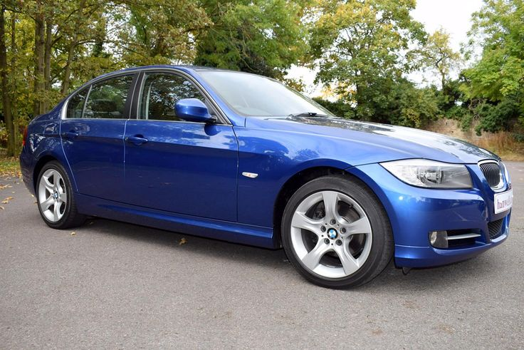 2011-61 BMW 318D Exclusive Edition 4 door saloon manual. Finished in Metallic Blue with Black leather interior. 49,000 miles, 2 owners with Full Service History. Just fitted with 4 new tyres. Immaculate condition throughout, must be seen. Finance arranged, p/x welcome. Only £10,250 Full Details:   http://hanwells.net/prestige-select/bmw/2011-61-bmw-318d-exclusive-4-door-manual-in-metallic-blue-10-250
