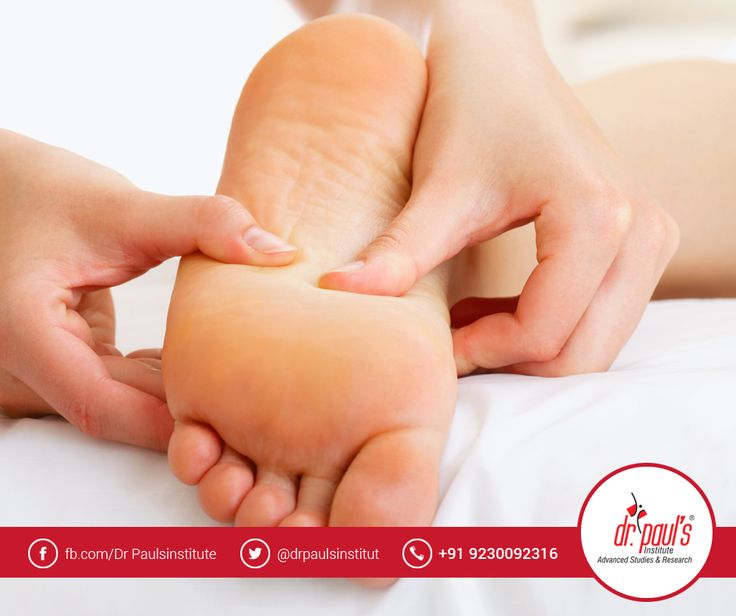 Want to become a professional massage therapist? Enroll for the Spa courses provided by Dr Paul's Institute of Beauty and Cosmetology and get placed in leading parlors and spas. Here you can study Swedish massage, Thai massage, Javanese lulur , Body wraps, Reiki, Chakra and many more.