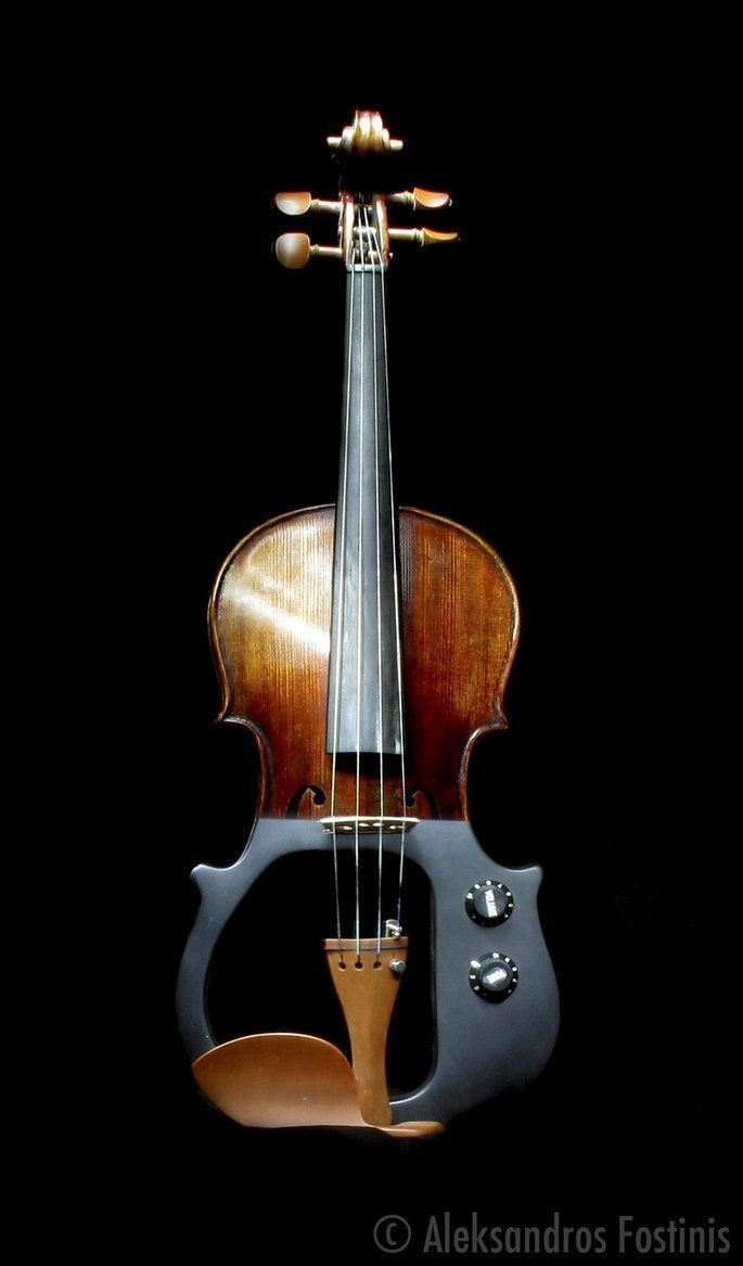 electric violin. It has an old look to it; like it's from the 60s or something #ElectricViolin
