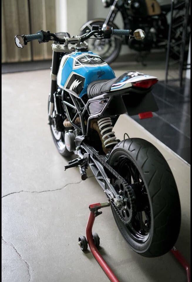 KTM Duke 125 Tracker (7)