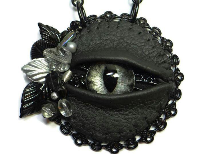 Beautiful Dragon eye pin
