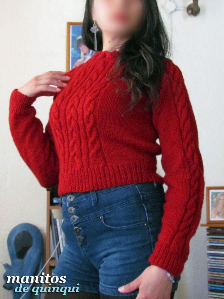 Mini #sweater invernal tejido a palillo; delantero y mangas decorados con moños y trenzas ^_^ Si te gustaría comprar uno como este, contáctame! Puedo tejerlo para ti ^__^  #tejido #dosagujas #2agujas #lana #trenzas #trenza #mangalarga #invierno #invernal #corto #cintura #sueter #jersey #cardigan #chaleco #manualidades #handmade #LaSerena #Coquimbo #Ovalle #Vallenar #Elqui #IVRegion #4Region #Chile