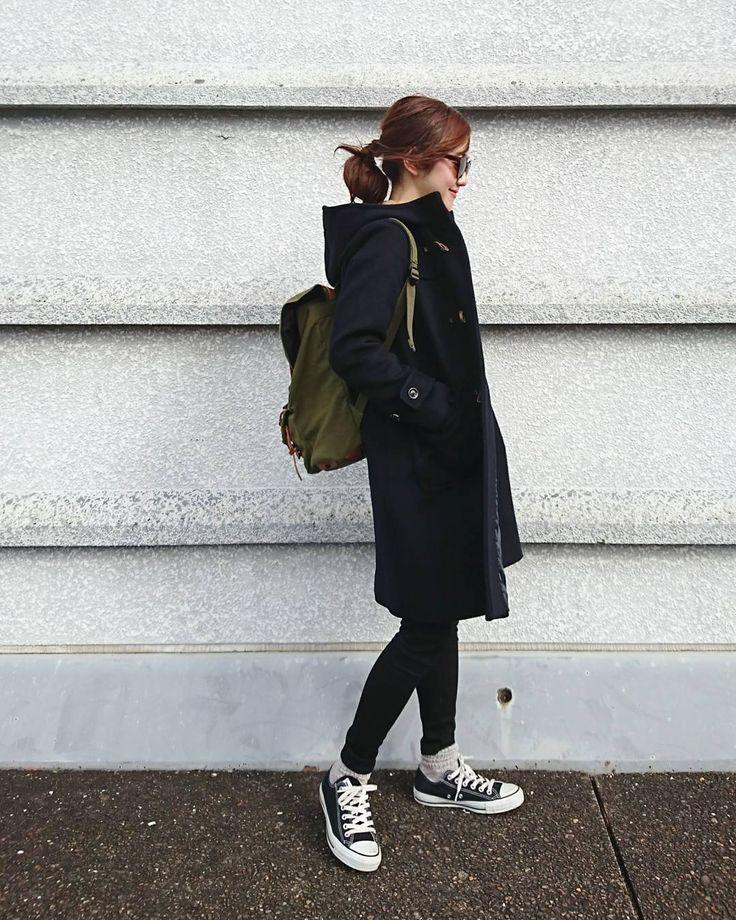 オールシーズン毎日履きたい♡大人女子の今年っぽ「スニーカーコーデ」 - LOCARI(ロカリ)