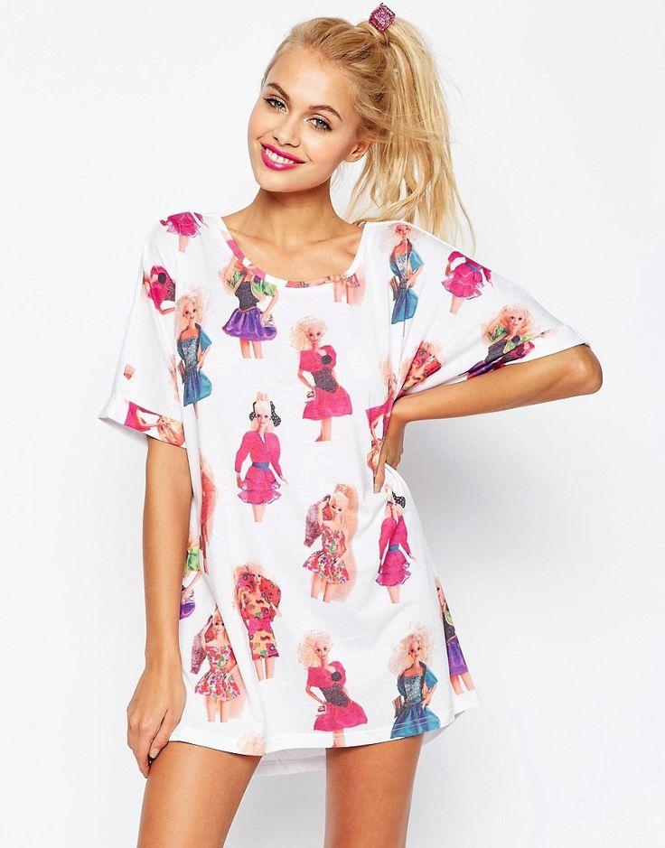 Imagen 1 de Camiseta de pijama extragrande Barbi Eighties de ASOS