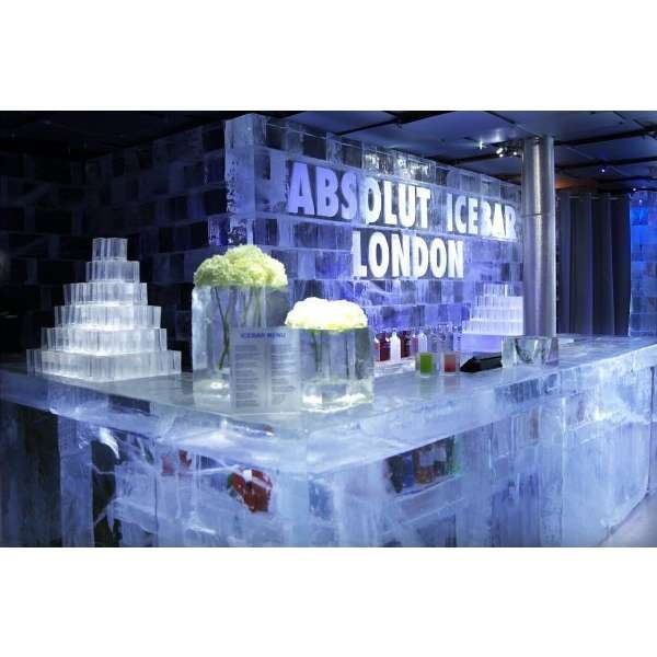 absolut ice bar london - Will def need to check this out!!