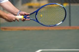 Quieres saber como jugar tenis? No tiene porque ser tan dificil! Descubre aqui 4 tecnicas para jugar tenis facilmente! CLICK AQUI: www.comojugartennisfacilmente.blogspot.com/2011/02/tecnicas-para-jugar-tenis-4-tecnicas.html