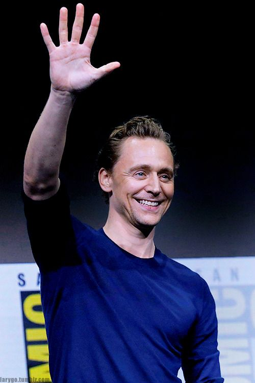 Tom Hiddleston attends the Marvel Studios Presentation during Comic-Con International 2017, San Diego, 07/22/17 (x)