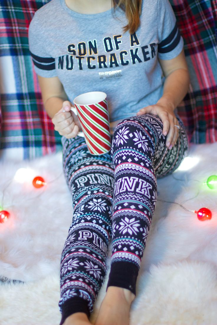 There is nothing I love more than cozying up in Christmas pjs with a cup of hot chocolate! These thermal leggings from @vspink do the trick! Have a Merry #PINKmas :)