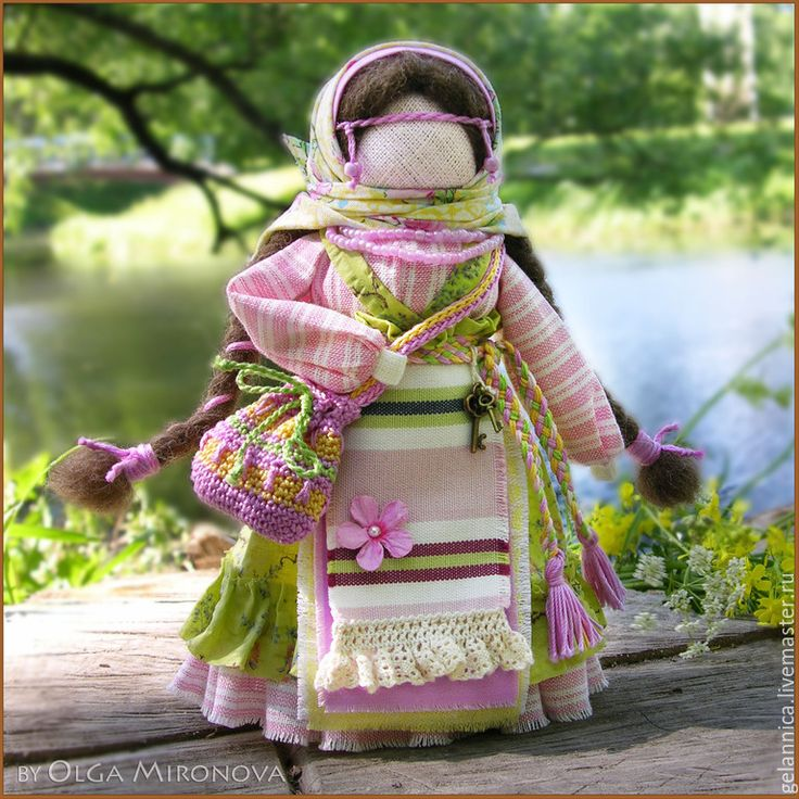 Купить Успешница-Удачница - салатовый, успешница, народная кукла, оберег, обережная кукла, оберег в подарок