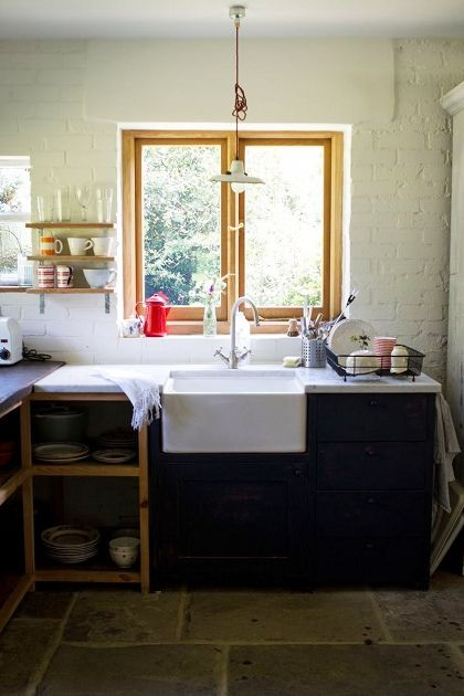 : Open Shelves, Farms Houses, Brick Wall, Rustic Kitchens, Country Home, Farms Sinks, Farmhouse Sinks, Country Kitchens, White Brick
