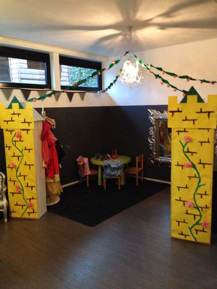 Doornroosje kasteel sprookjes themahoek onderwijs peuters kleuters peuterspeelzaal kinderdagverblijf