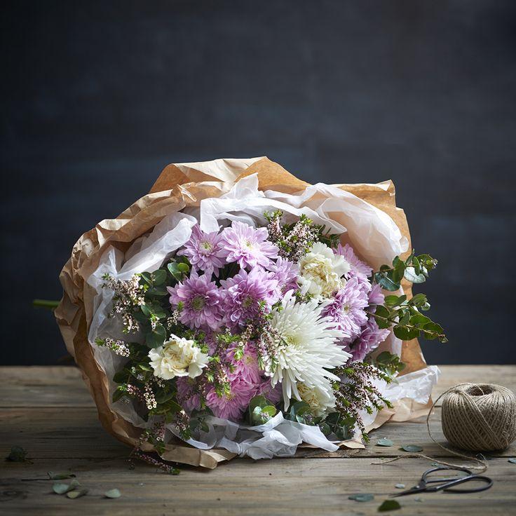 Natural Elegance Pastel Bouquet of Flowers