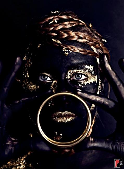 Photo by Natalia make up via litmind.com