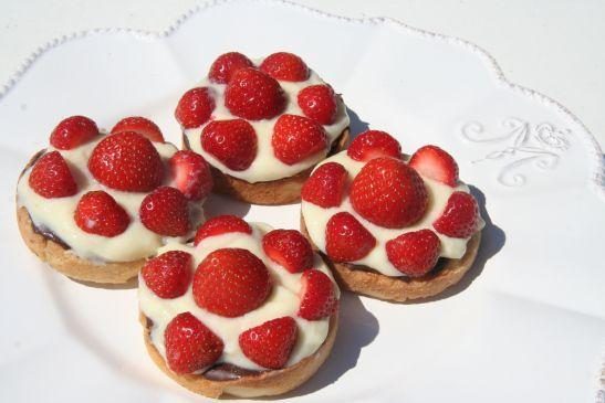 Jordbær Kage – Traditional Danish Strawberry Cake
