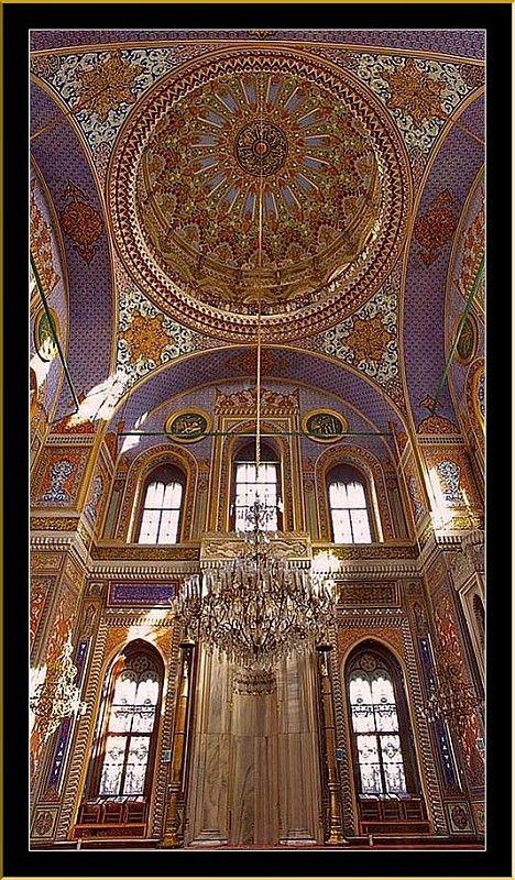 Aksaray Pertevniyal Valide Sultan Camii İstanbul
