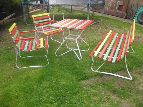 vintage retro outdoor table 2 chairs benchseat in melbourne vic - Retro Patio Furniture