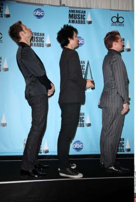 They go up in height i find that funny xD