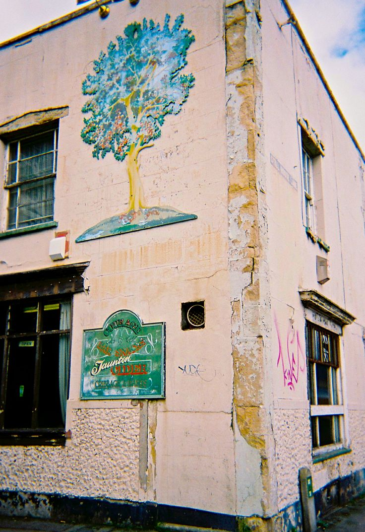 The (now closed) Apple Tree in Bristol. With its 'locals only' door policy, it was something of an exclusive establishment