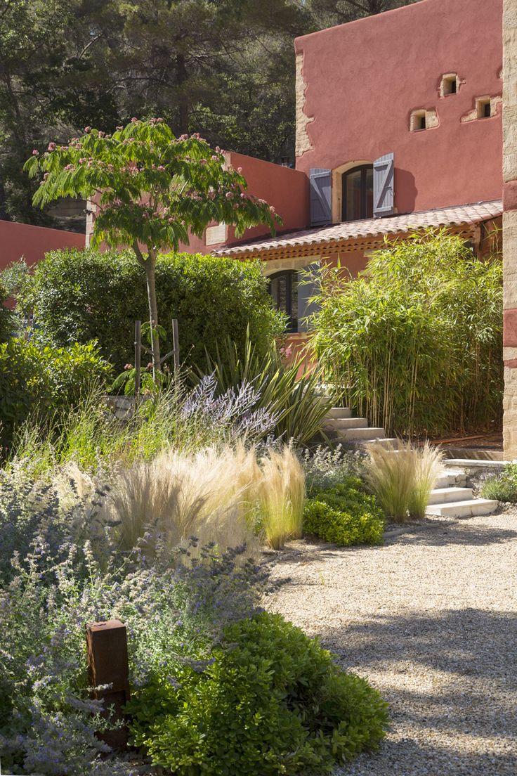 25 melhores ideias de jardim mediterr neo no pinterest for Concepteur paysagiste