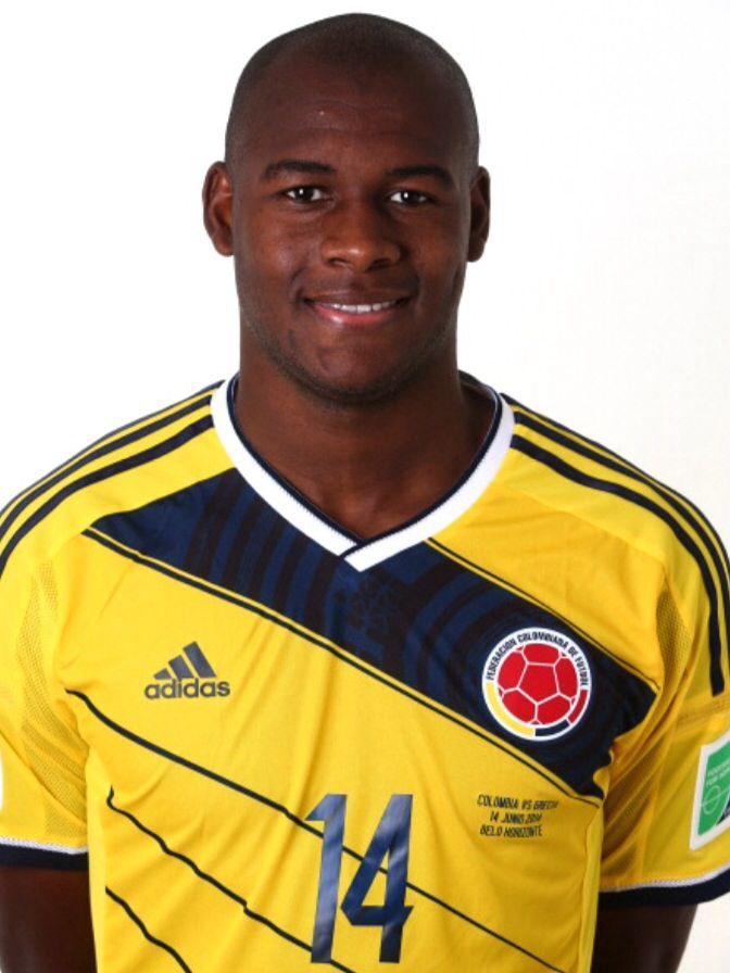 14 - Segundo Víctor Ibarbo Guerrero. Tumaco, Nariño. 19 de mayo de 1990. 1,88 m. 78 kg. Delantero. Juega en el Cagliari Calcio de Italia y ha jugado en el Atlético Nacional de Colombia.