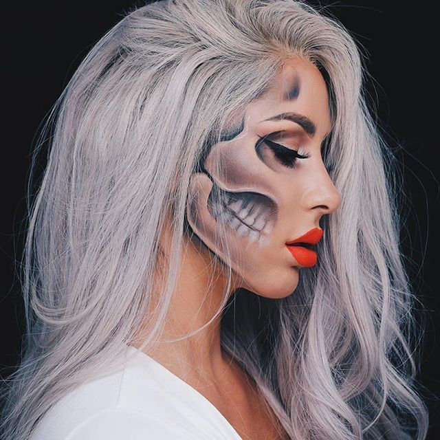 """The Chrisspy Halloween Look to die for """"Every day is Halloween, isn't it? For some of us."""" Used Mehron Paradise AQ for the skull #mehronmakeup #ParadiseMakeupAQ"""
