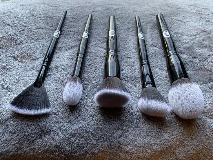 Must Have Black Makeup Brush Set in 2020 Black makeup
