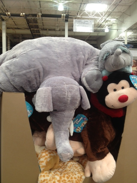 giant elephant pillow pet...oh. my. goodness