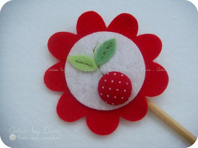 Topper para cupcake - cerejinha by Artes by Dani, via Flickr