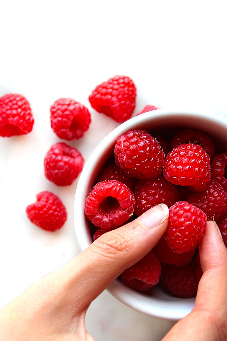 RASPBERRIES | Delicate, soft and intensely sweet - berry season is by far our favourite time of the year. Head over to the blog to find our favourite recipe tips and ideas.