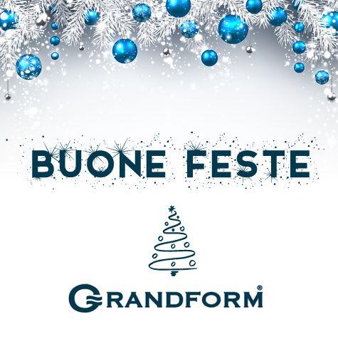 Auguriamo a tutti voi un sereno #Natale e un felice anno nuovo! Ci rivediamo a gennaio :)