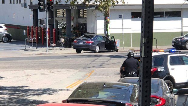 Shooting Suspect Arrested In Los Angeles After Shop Siege Social News Xyz Los Angeles Police Custody