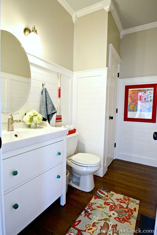 I would love these colors in my mudroom!