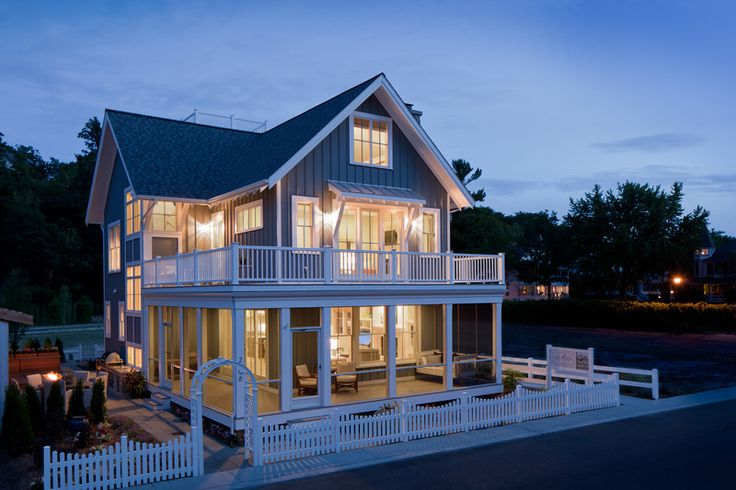 Beach Style House Plan – 4 Beds 3.5 Baths 2769 Sq/Ft Plan #901-120 Exterior – Fr…