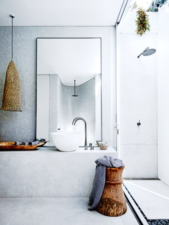 Eclectic beach home in Sydney. Outdoor shower. Photo by Anson Smart via Vogue Living