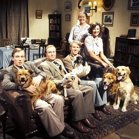 """All Creatures Great and Small"" TV show which originally ran from 1978 to 1990 - James Herriot (played by Christopher Timothy), Siegfried Farnon (Robert Hardy), Tristan Farnon (Peter Davison), Helen Herriot (Carol Drinkwater series 1–3 and specials), Mrs Edna Hall (Mary Hignett series 1–3) and animals."