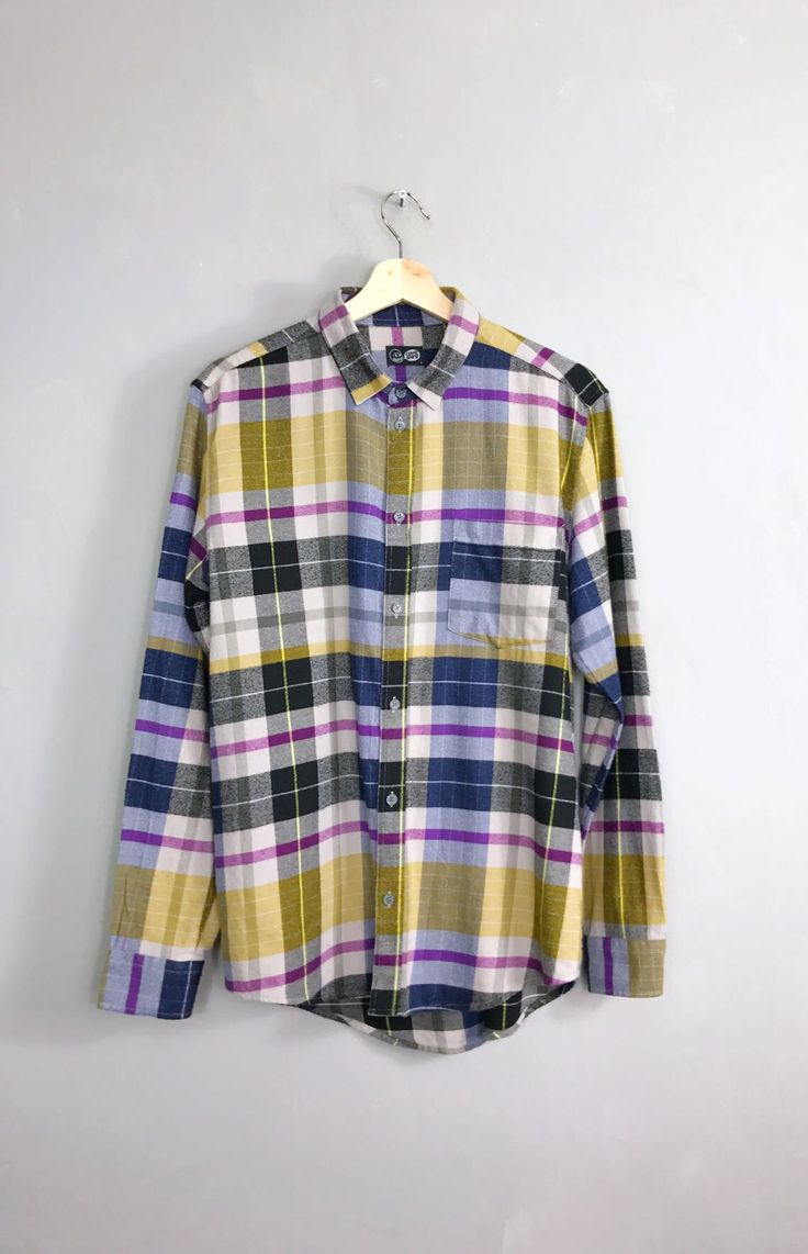<strong> CHEAP MONDAY </strong>• Neo Shirt • S
