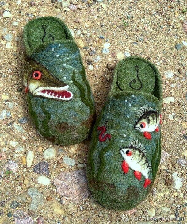 Тапочки из шерсти для рыбака – купить или заказать в интернет-магазине на Ярмарке Мастеров | Тёплые,уютные, отлично свалянные тапочки,…