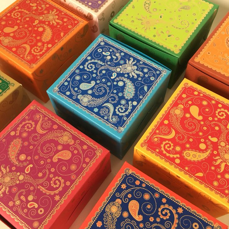 Favor boxes available in all colors! Perfect for sweets, cake, mithai etc! Discount for bulk orders!