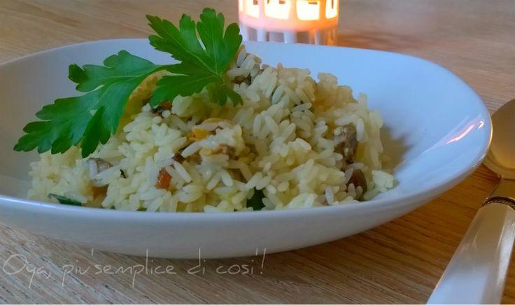 Risotto vongole e zucchine, ricetta semplice. http://blog.giallozafferano.it/oya/risotto-vongole-e-zucchine-ricetta/