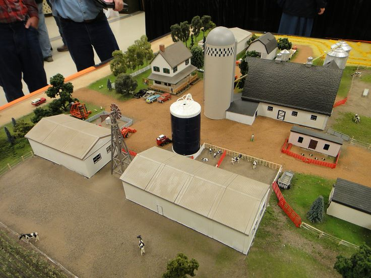 National farm toy show 1 64 scale model 1 pinterest for 1 64 farm layouts