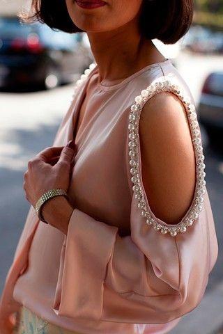 pearls love it! #ecrafty find glass pearls at http://www.ecrafty.com/c-595-glass-pearls.aspx