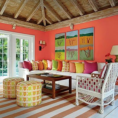 A Tropical Hued Florida Guest House