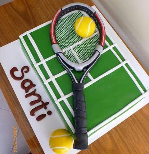 Raqueta y pelota hecha de pasta de modelar