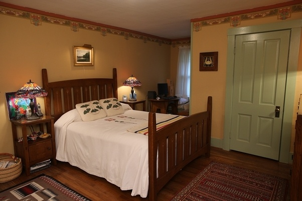 1000 images about arts crafts bedrooms on pinterest for Craftsman bedroom ideas
