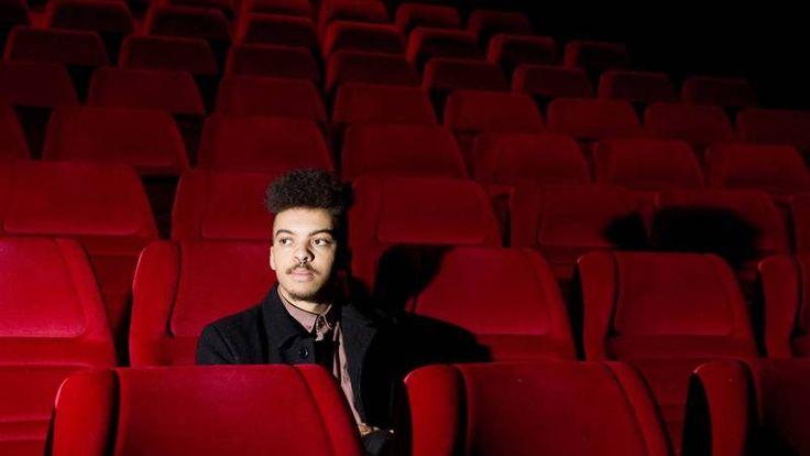 Noah Kin teki ensimmäisen näyttelijäntyönsä SAATTOKEIKKA -elokuvassa. Häntä pyydettiin koe-esiintymään musiikkivideon perusteella!