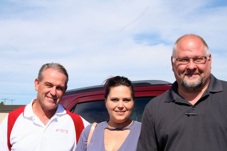 Picture:  Richard Grubb with Carrie Sartin and Kelly Belcher Congratulations Richard and Carrie on your new 2017 Ford Explorer!  Thank you from all of us at Advantage Ford Sales.